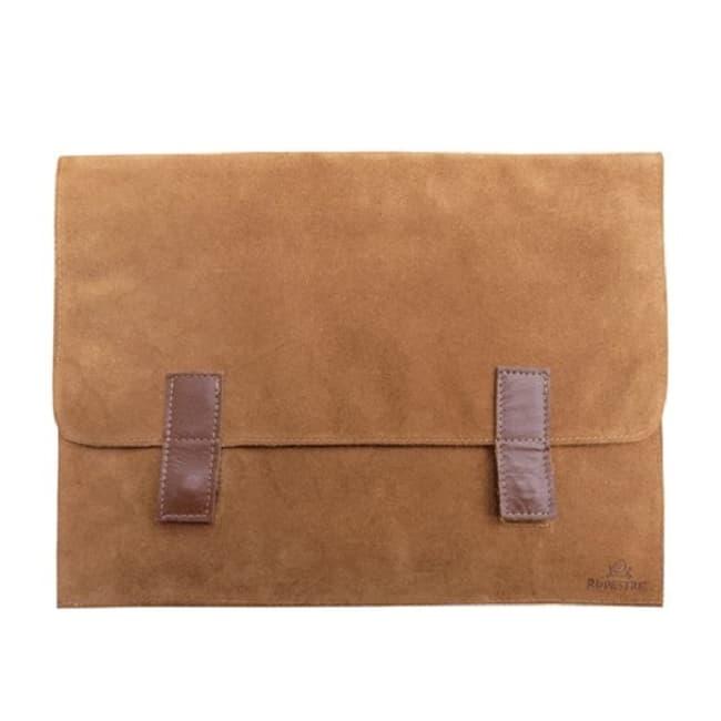 Porta notebook de cuero hecho por productores locales habano frente